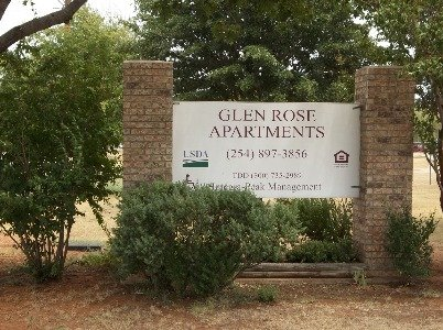 Glen Rose Apartments