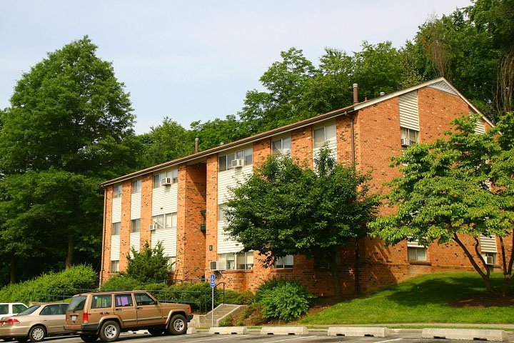 Dolly Ann Apartments