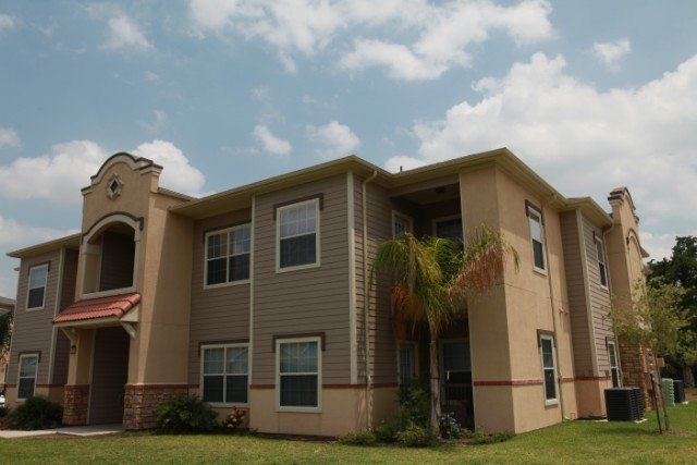 Retama Village Apartments