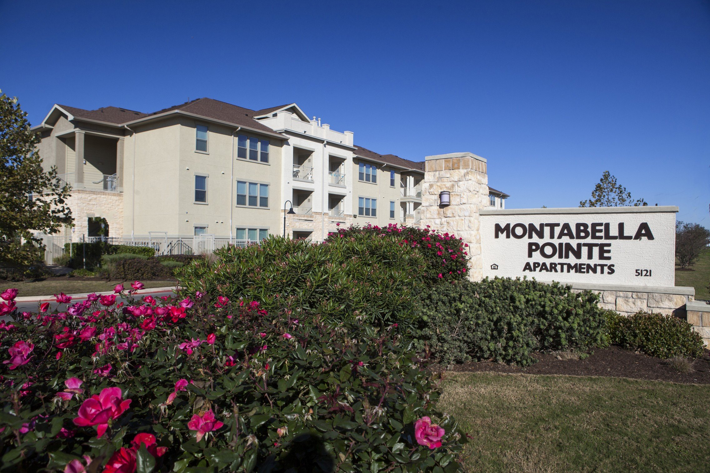 Montabella Pointe Apartments