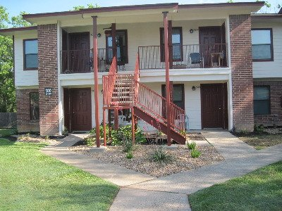 Mid towne ApartmentsMid towne Apartments   820 E  Carrell St  Tomball  TX  77375  . Senior Apartments In Tomball Texas. Home Design Ideas