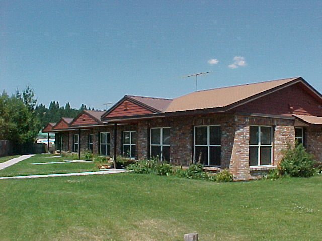 Cascade Sr Housing