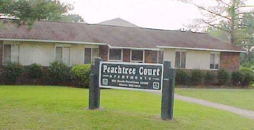 Peachtree Hills Court Apartments