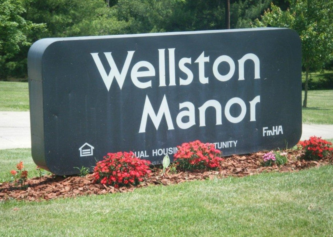 Wellston Manor