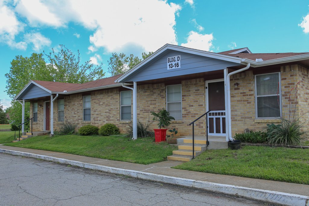 Whitesboro Park Apartments
